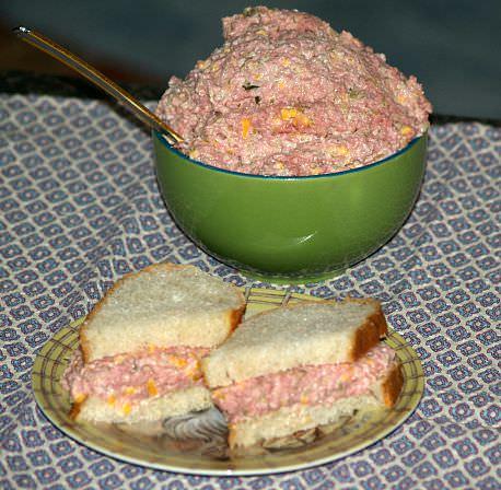 How to Make Ham Salad Sandwiches