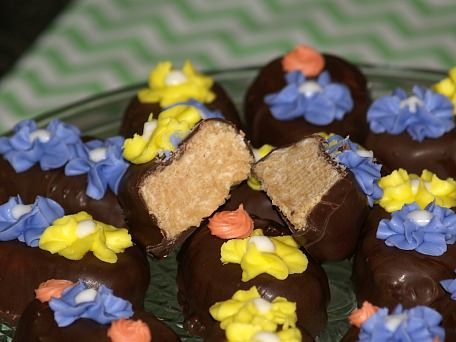 Peanut Butter Easter Egg with Marshmallow