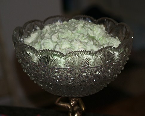How to Make Pistachio Salad