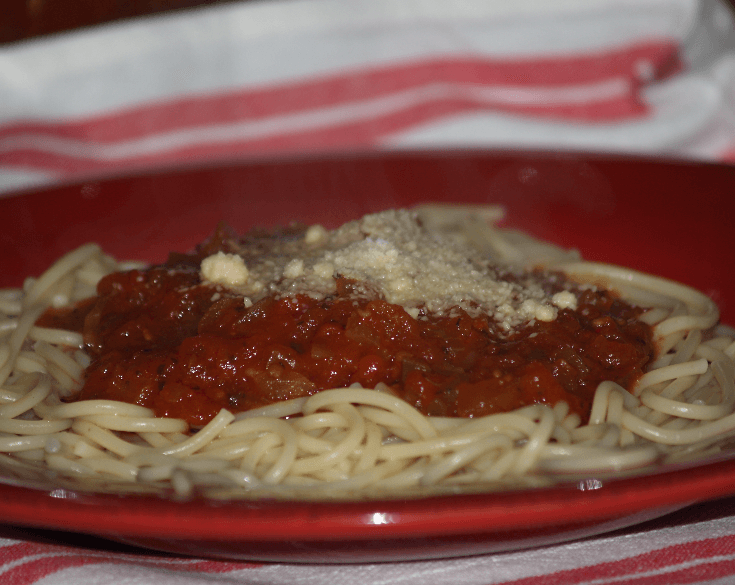 Chunky Spaghetti Sauce with Pasta