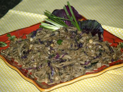 Spicy Thai Noodles made with Dried Herbs