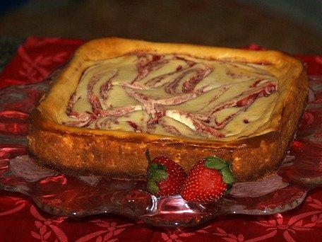 how to make strawberry swirl cheesecake recipe