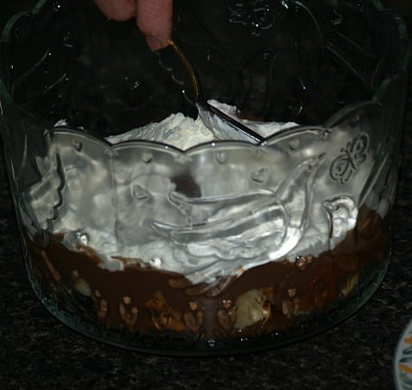 Place Whipped Cream Over Pudding